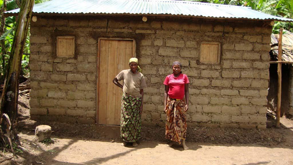 rwanda-vivienda-familia-apoyo-solidario_01