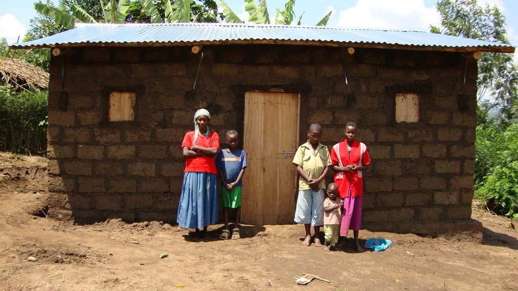 rwanda-vivienda-familia-apoyo-solidario_03