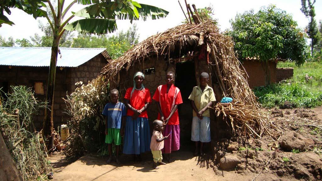 rwanda-vivienda-familia-sin-recursos_03